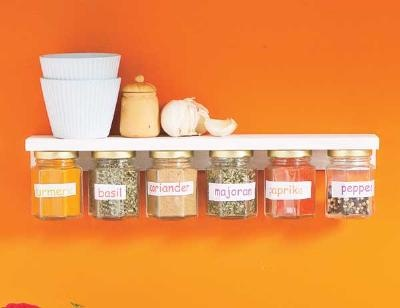 Label your jars in English